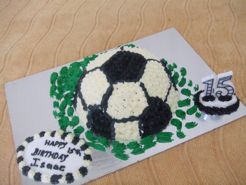 Isaac's 15th Birthday - Soccer Birthday Cake