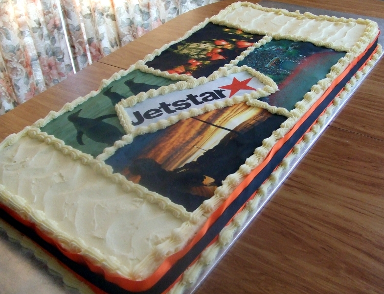 Dunedin International Airport --Jet Star cake -full Length of cake 120cm long x 30cm wide