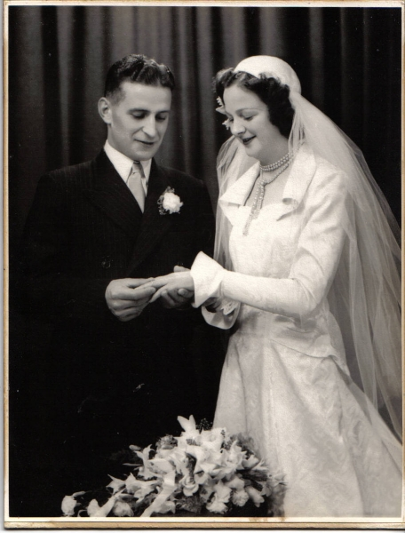 Rae 60th Wedding Anniversary Photo