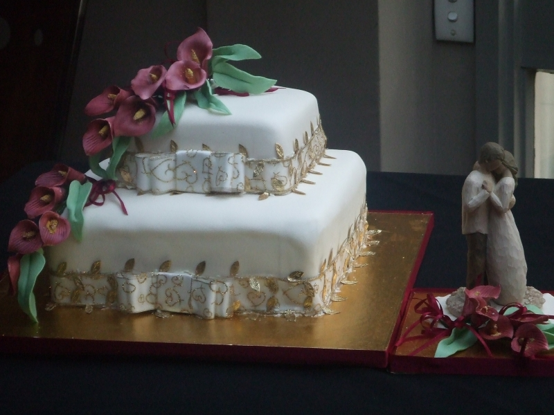Belinda's 2 Tier Fruit & Chocolate Wedding Cake