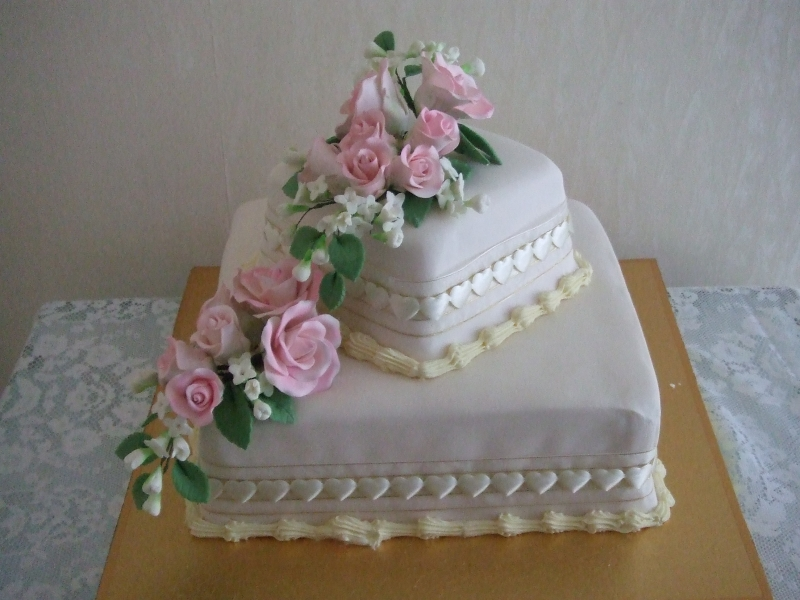 Christine's 2 Tier Sultana Wedding Cake with Pink Hand Made Roses