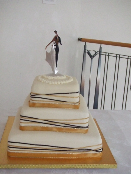 Geua's 3 Tier Chocolate Mud Wedding Cake