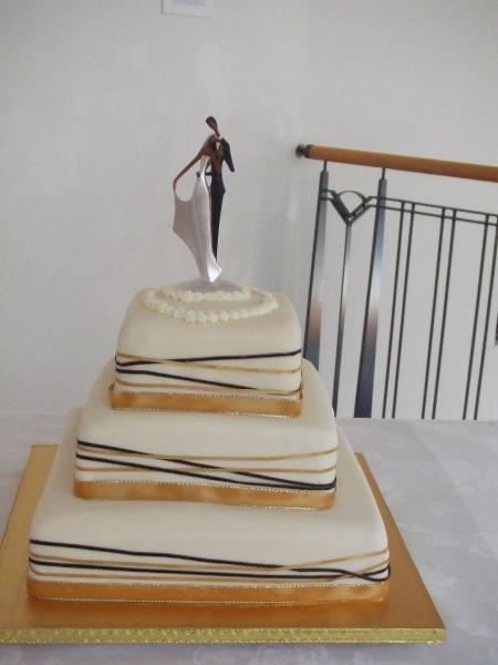 Geua's 3 Tier Chocolate Mud Wedding Cake