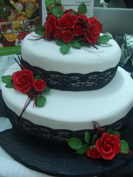 Lydia's 2 Tier Oval Wedding Cake