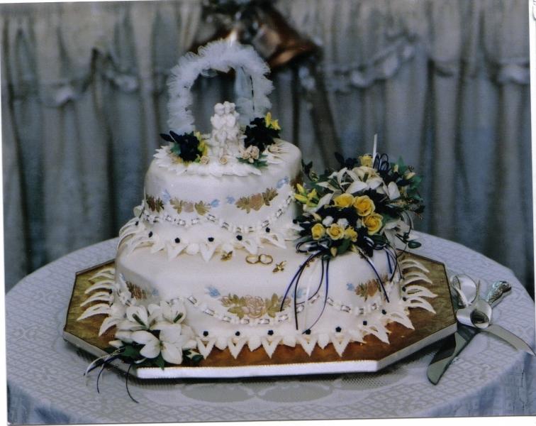 Margaret-Anne's Wedding Cake