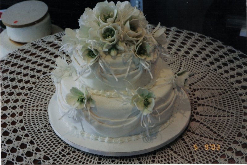 Sharon's 2 Tier Tulip Wedding Cake