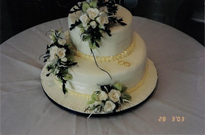 Wendy's 2 Tier Navy and Cream Wedding Cake