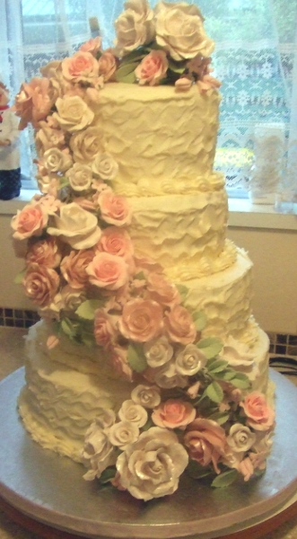 Wedding Cake June