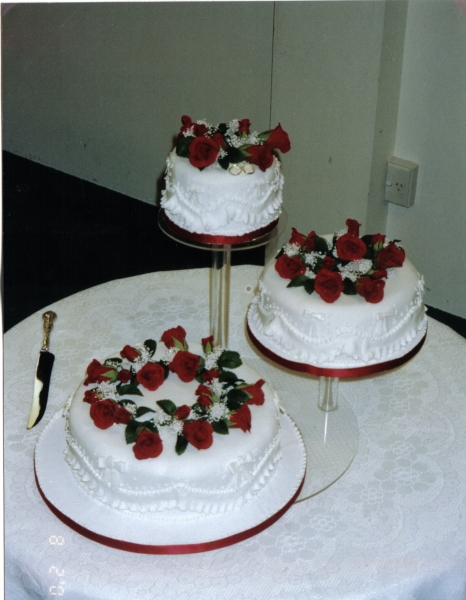 Bronwyn's 3 Tier Round Wedding Cake