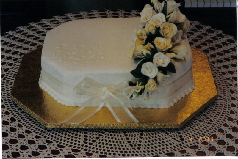 Joyce's One Tier Rectangular Wedding Cake