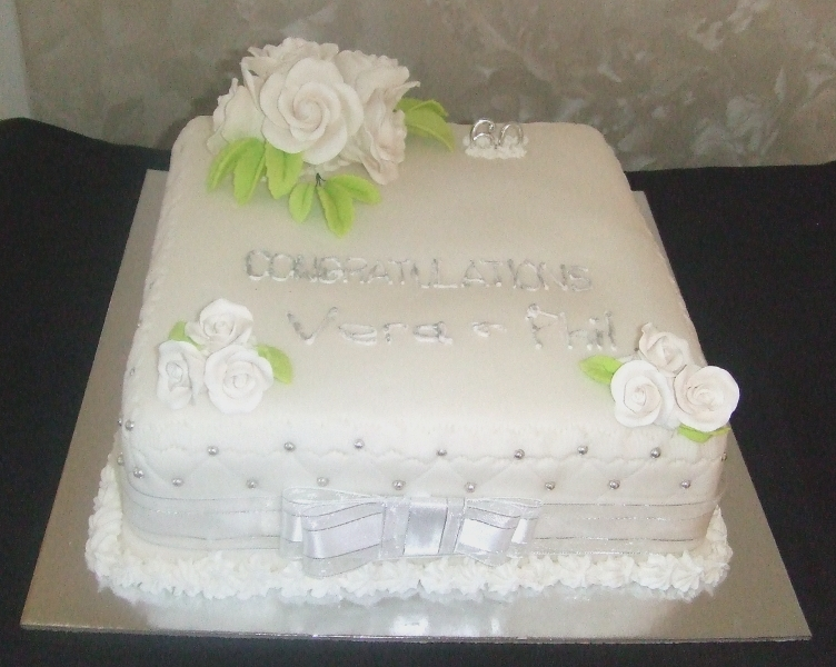 %name Images Of Th Wedding Anniversary Cakes
