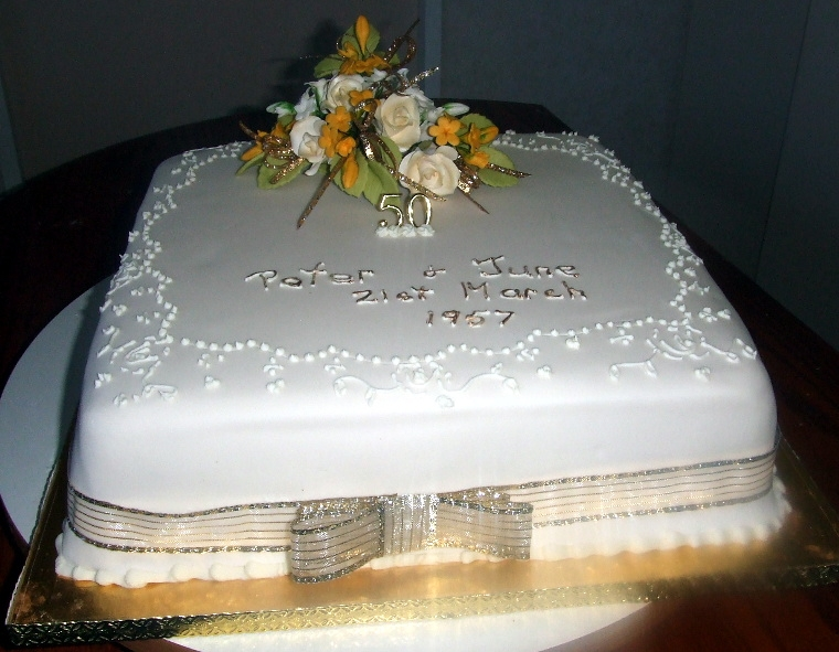 wedding cake anniversary pics wedding anniversary cakes cakes for all occassions 21748